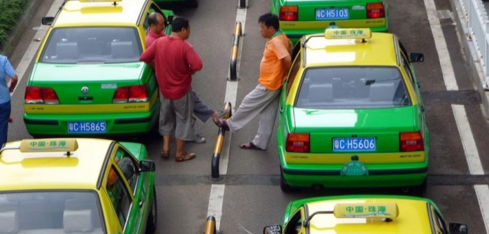 China taxi apps to merge