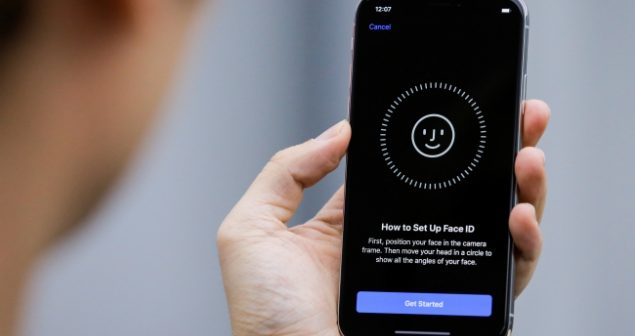 Face ID tricked by mask, again