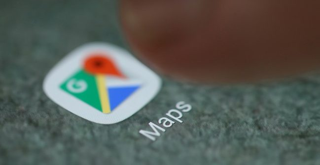 Google Maps gets real-time transit journey notifications
